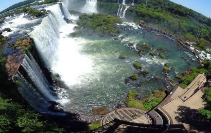 น้ำตกอีกวาซู – Iguazu National Park ประเทศบราซิล และอาร์เจนติน่า
