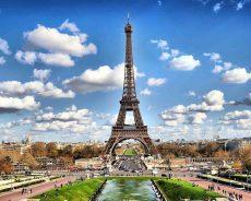 หอไอเฟล – Eiffel Tower Paris ประเทศฝรั่งเศส