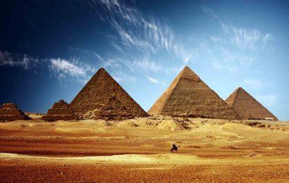 มหาพีระมิดแห่งกีซา – Pyramids of Giza ประเทศอียิปต์