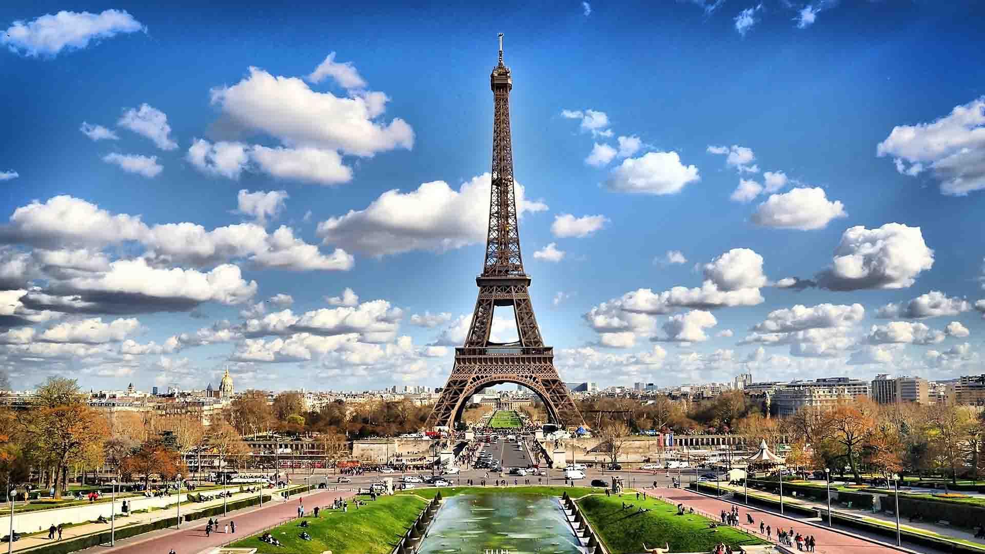 หอไอเฟล – Eiffel Tower Paris ประเทศฝรั่งเศส –  แนะนำสถานที่ท่องเที่ยวด้านศิลปะ สถาปัตยกรรม รอบโลก